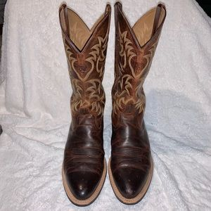 Ariat Heritage R Toe Western Boots 9.5